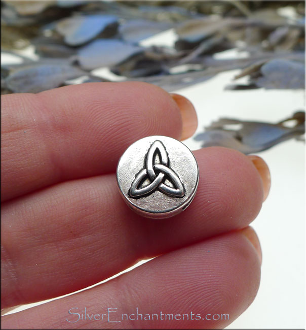 Triquetra Celtic Beads for Leather and Bracelet Creations, Slotted (10)