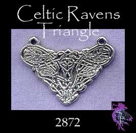 El juego de las imagenes-http://www.silverenchantments.com/assets/images/charms/celtic/celtic-ravens-triangle_2872_4.7-150.jpg
