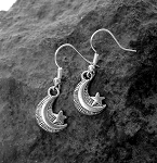 Silver Crescent Moon Earrings - Everyday Celestial Jewelry