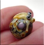 Glass Frog Beads, Art Glass Frog Charm Bead, avg 13x16x14mm, 1pc
