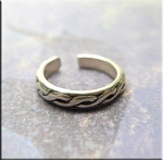 SOLD - Sterling Silver Celtic Weave Toe Ring