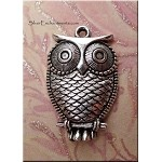 Dimensional Owl Charm 28x18mm Antique Silver Pewter