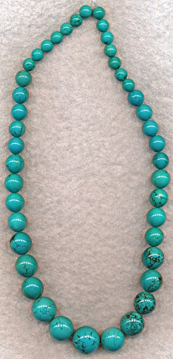 SOLDOUT - Turquoise Beads, Graduated Round Turquoise Gemstone Necklace Beads, 8 to 18mm