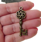 Bronze Key Pendants, Celtic Skeleton Keys (6)