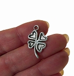 Shamrock Charms, Clover Charms, Antique Silver (10)