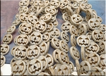 Pumpkin Beads, White 15mm