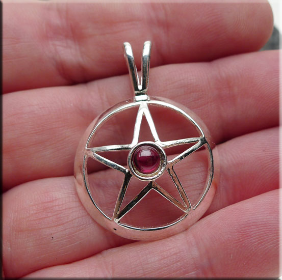 SOLDOUT - Silver Pentacle Pendant with Garnet