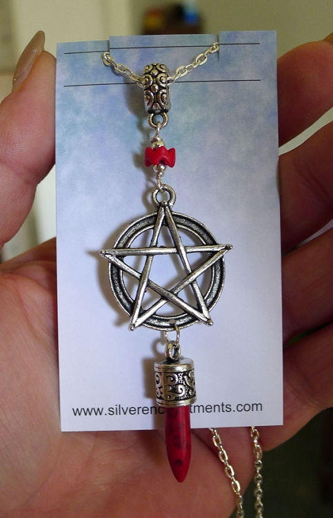 SOLDOUT - Boho Pentacle Necklace with Spike, Red
