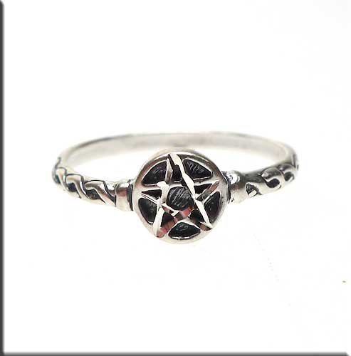 Sterling Silver Pentacle Ring Size 7