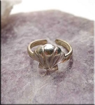 SOLD - Sterling Silver Sea Shell Toe Ring
