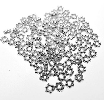 3mm Daisy Spacers, Bright Silver (100)