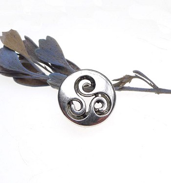 10 Silver Pewter Triskelion Beads Celtic Triskele Slotted Beads for Leather