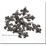 Fleur de Lis Charms, 25x17mm New Orleans Lily Pendants (10)