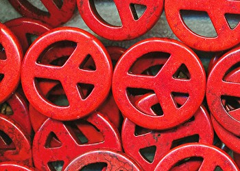 35mm Red Magnesite Peace Symbol Beads