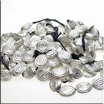 Fancy Swirl Oval Beads, 22x18mm Strand (18)