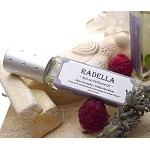 RADELLA Perfume Oil - Elven Counselor Roll-on Perfume - Lavender and Thorn Berries