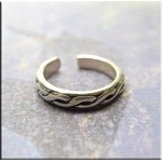 ZSOLD / Sterling Silver Celtic Weave Toe Ring